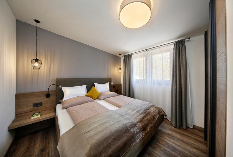 dorf tirol ferienwohnungen mit pool schlettererhof bei. Black Bedroom Furniture Sets. Home Design Ideas