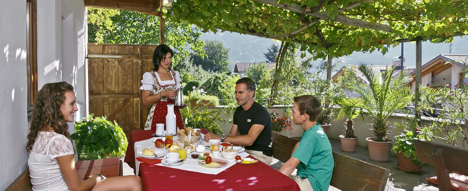 Farmhouse breakfast on the beautiful terrace at the Schlettererhof